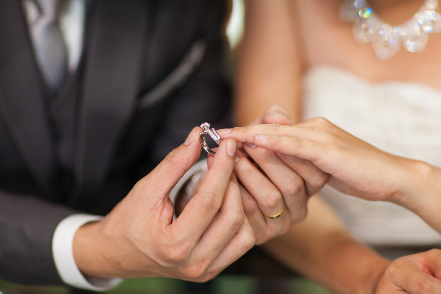 The Advantages Purchasing Engagement Rings Online