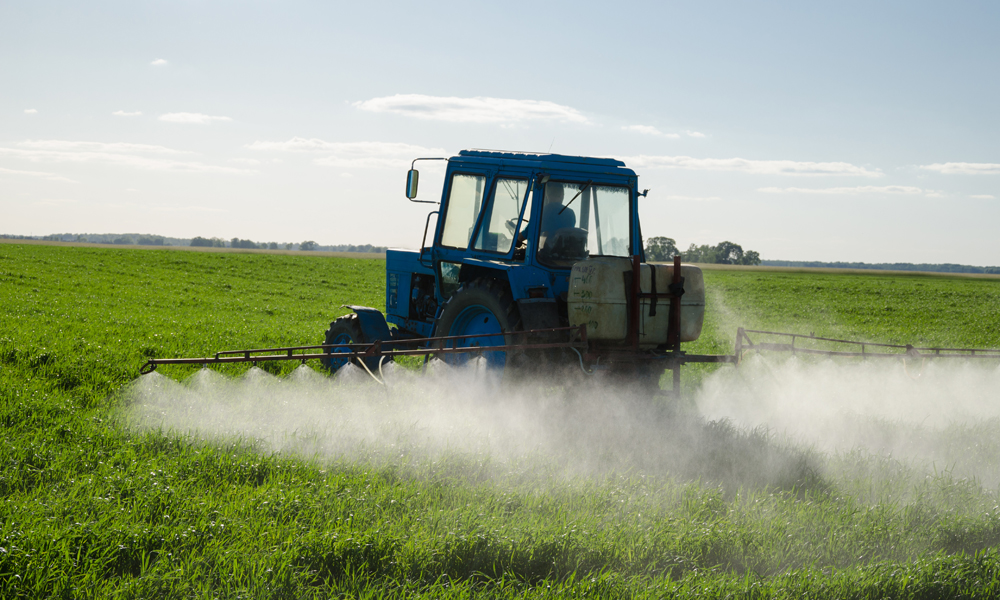 Uses of Agricultural Sprayers for Crop Care, Garden Care