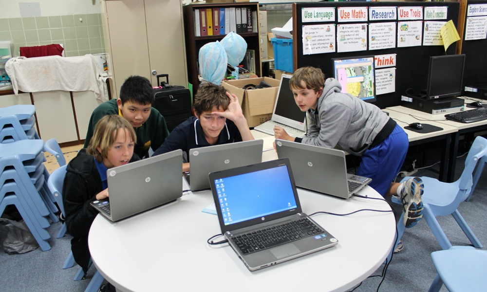 Can Technology, Execute Student's Curiosity?