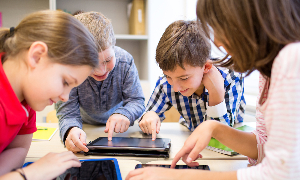 How School Websites and School Mobile Apps are Distinct from Each-Other?