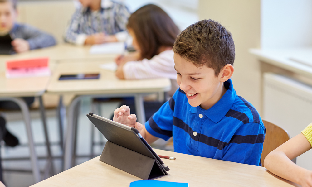 Kids with autism: Communication Apps are Beneficial