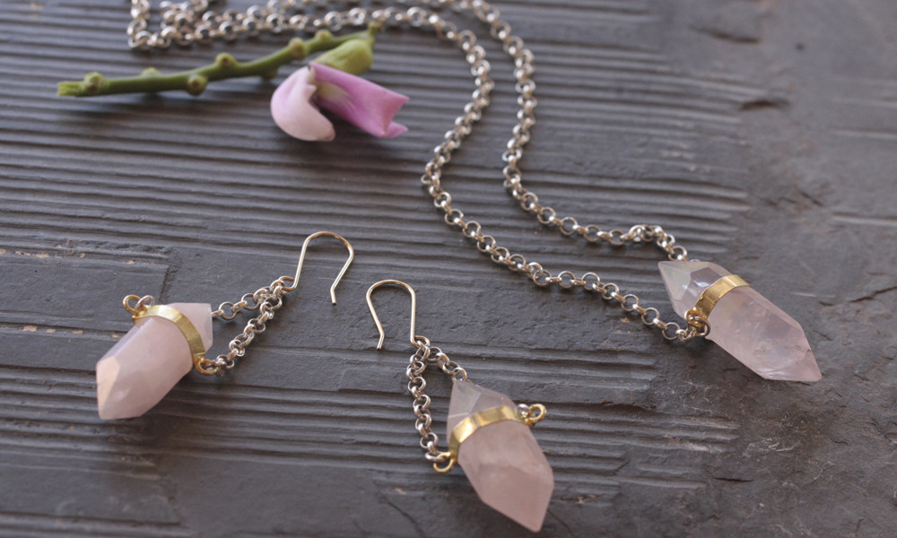 Learn How To Use Rose Quartz Jewellery