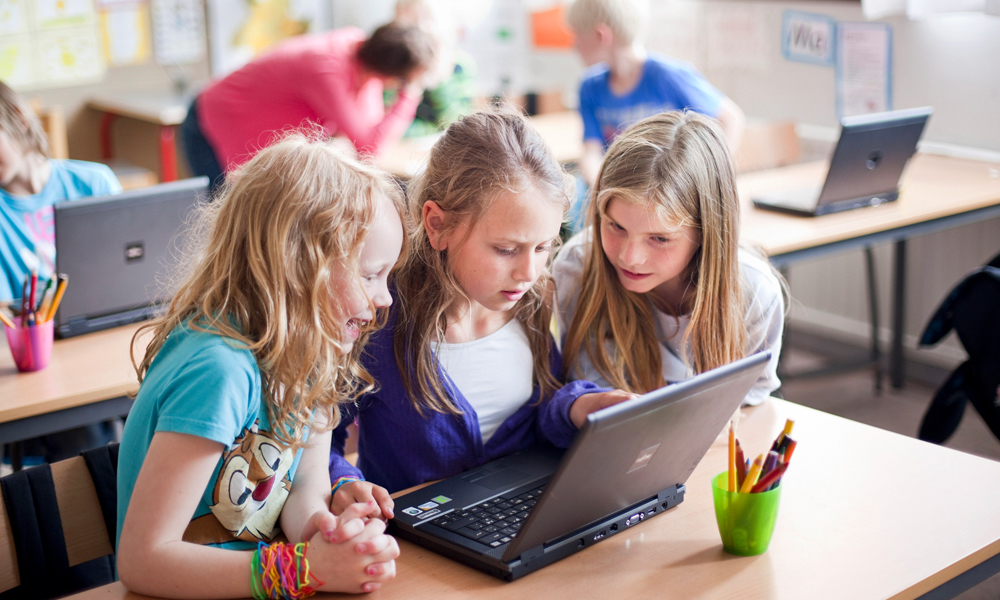 Tablets in Education sector: The best way is up!