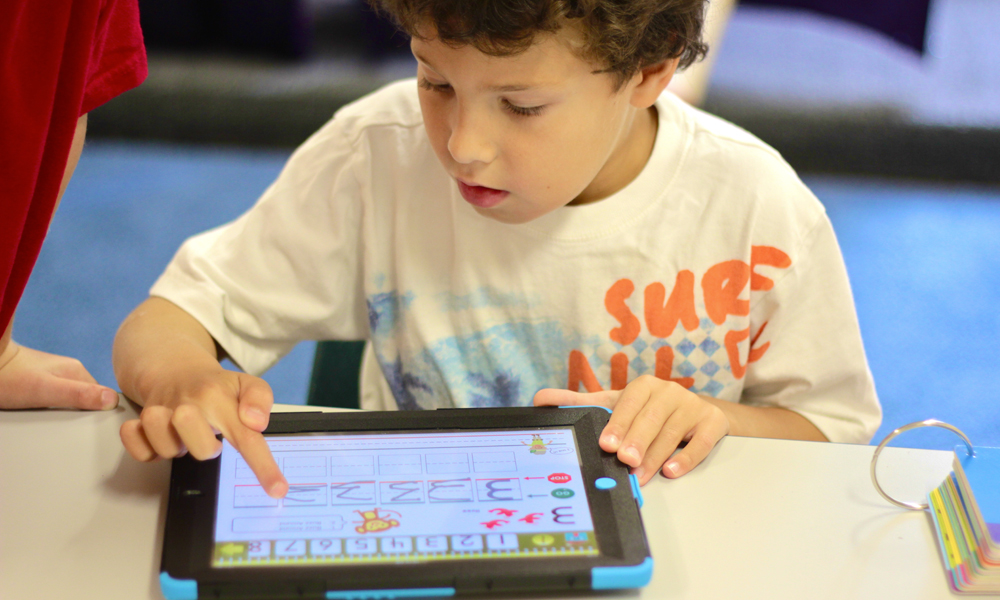Augmenting A Digital Educational Policy – ORATARO Partners with Tablets for Schools
