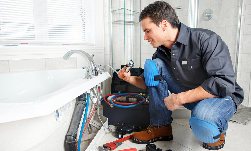 Get The Best Of Services From Plumber In Northcote