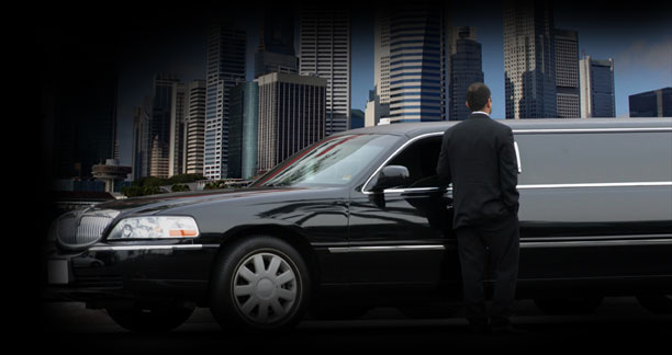 Reasons to Hire Corporate Limousine Services