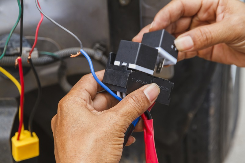 How an Auto Electrician May Prove to be Helpful?