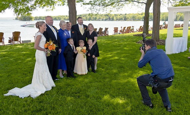 3 Common Mistakes You Must Avoid While Choosing the Right Wedding Photographer
