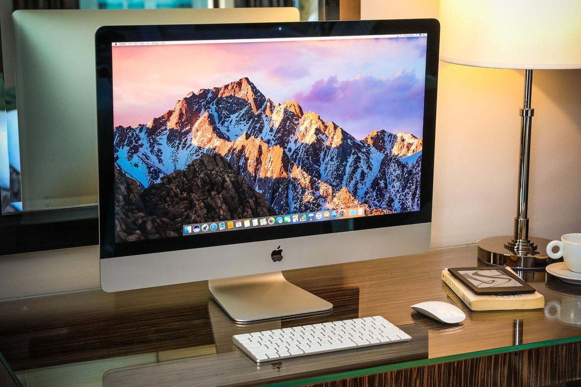 Apple iMac 27 Inches with Retina 5K Display 3.4Ghz Quad Core Core i5 7th  Features & Specs