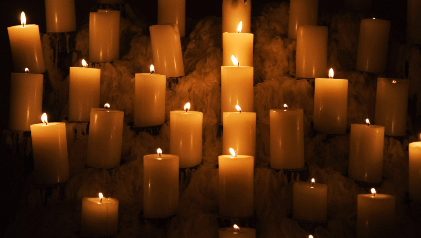 The Perfect Beeswax Candles for Any Space