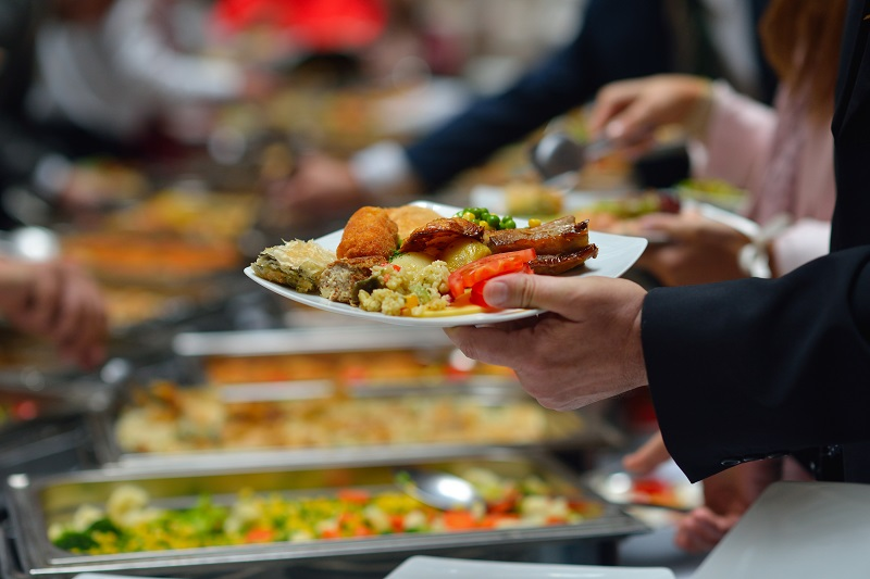 What to Consider in Corporate Catering Services?