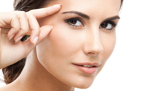 4 Tips to Reduce Under Eyes Wrinkles