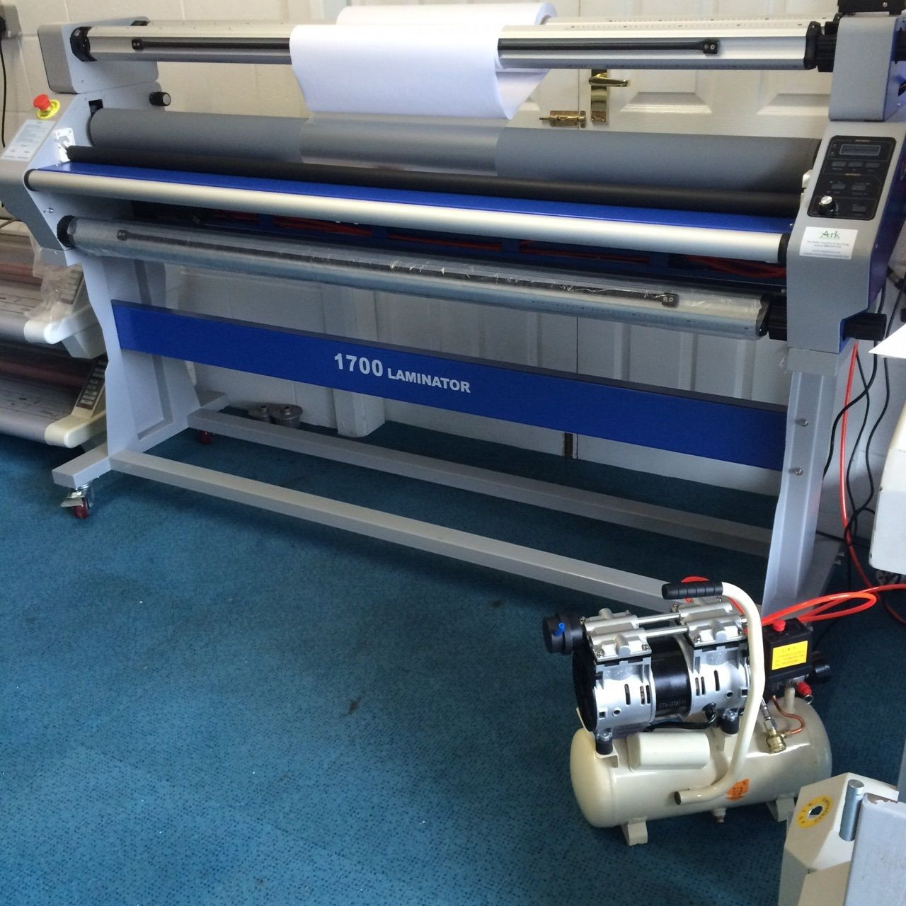 Get the Best Binding Equipments and Laminator from Ark Presentations