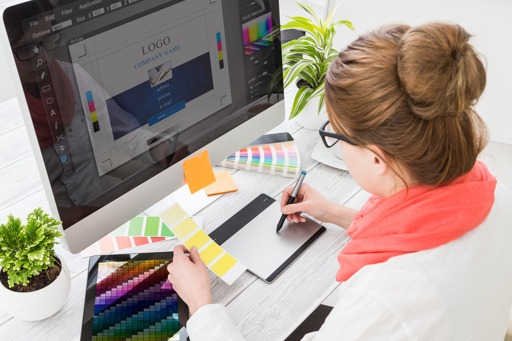 Super Tips For The Success Of The Brand With The Help Of Graphic Design