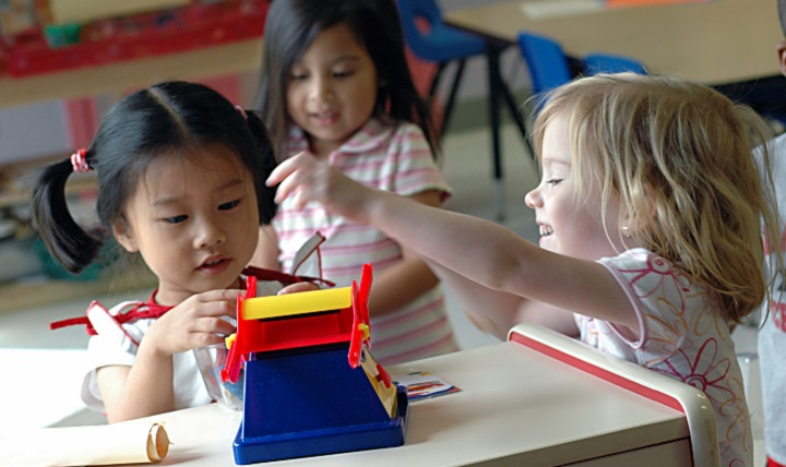 Childcare courses in Adelaide: How can you start a career in the fast-growing Childcare industry?