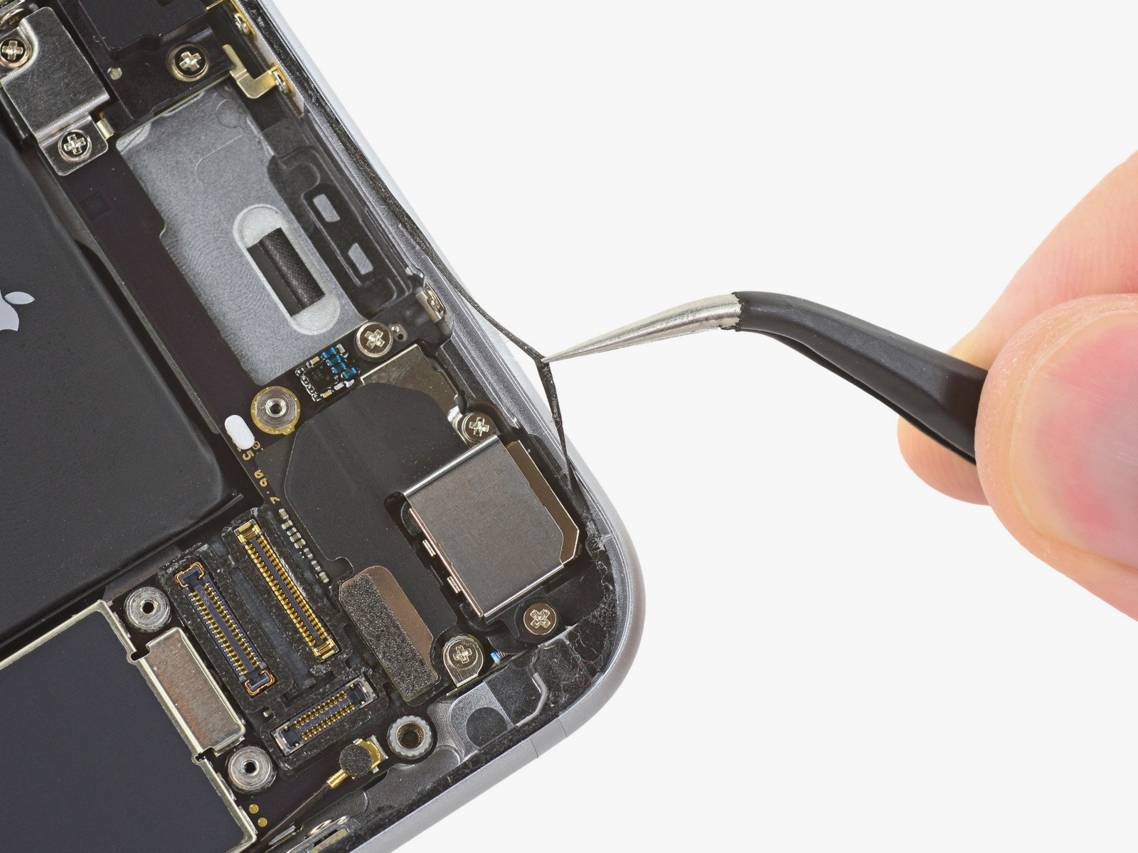 Your Screen Replacement Prayers Have Been Answered by iDemiGods