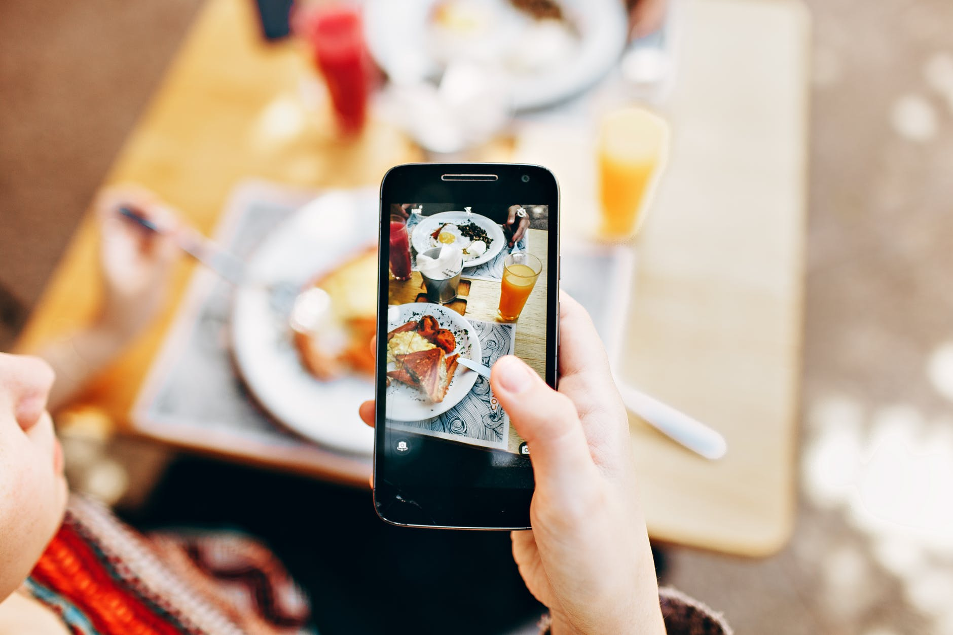 How to Succeed at Building a Local on-demand Food Delivery