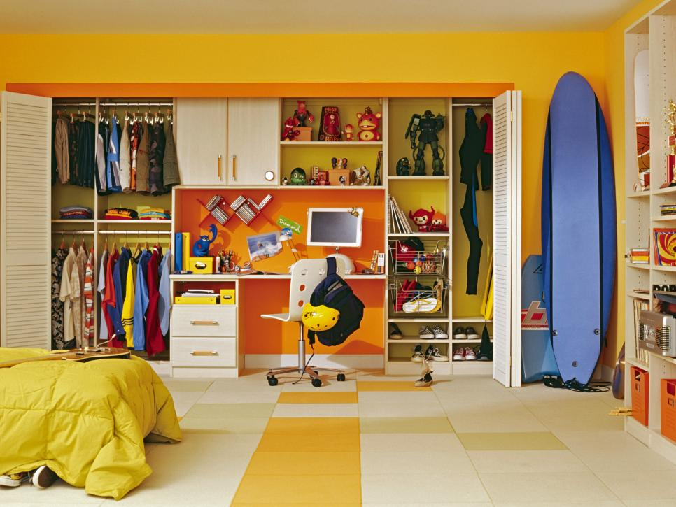6 Smart Shopping Tips to Build a Great Kid's Wardrobe on a Budget