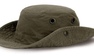 Buying a hiking hat