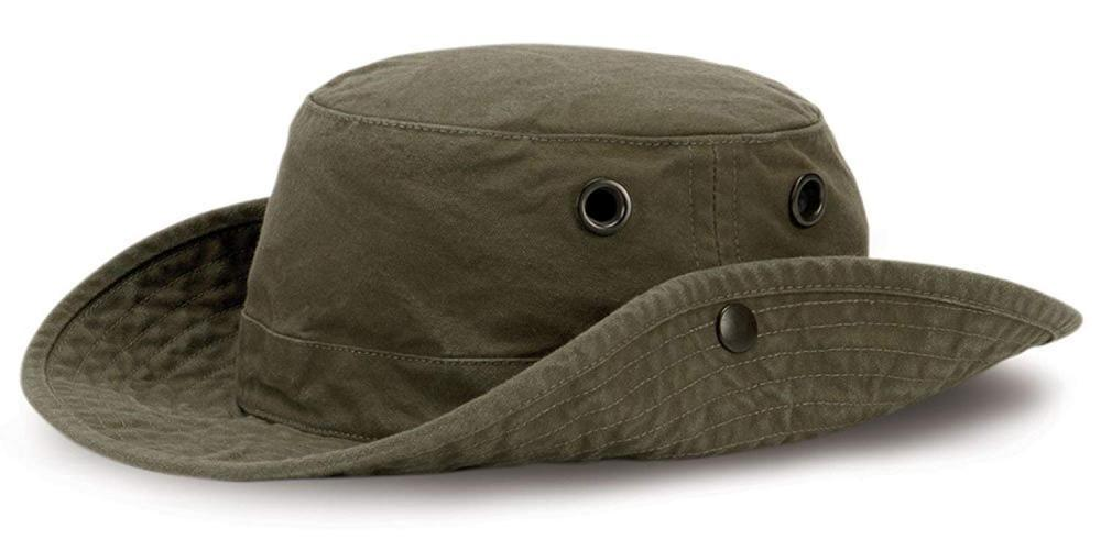 How to Buy a Hiking Hat?