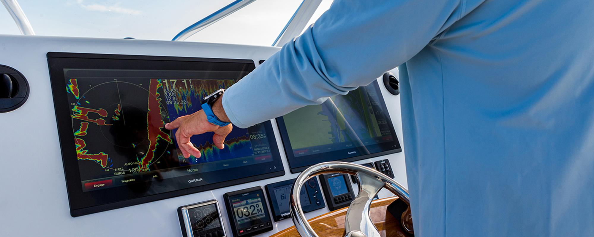 5 Marine Electronics Products That Must Be In Your Checklist - Live