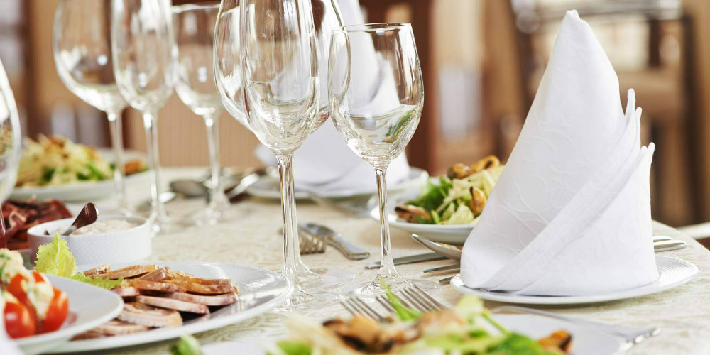 Follow these Essential tips To Hire the Best Caterer For your Wedding Event