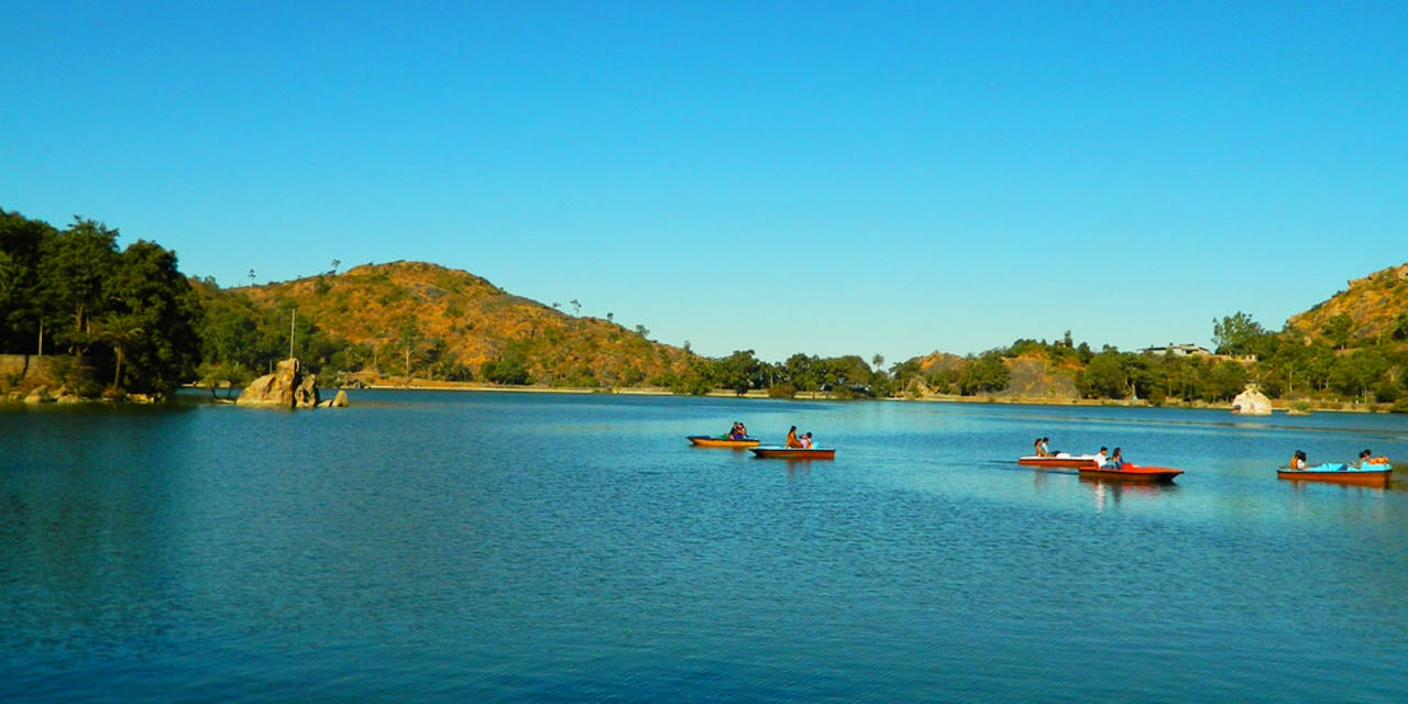 7 of the Most Beautiful Lakes to Visit in Royal State of Rajasthan