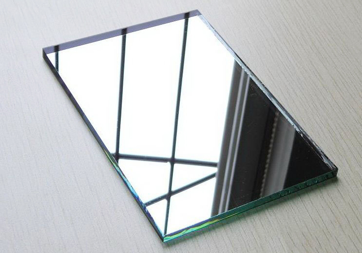 Multiple Advantages of Acrylic Mirror Sheet in Various Business