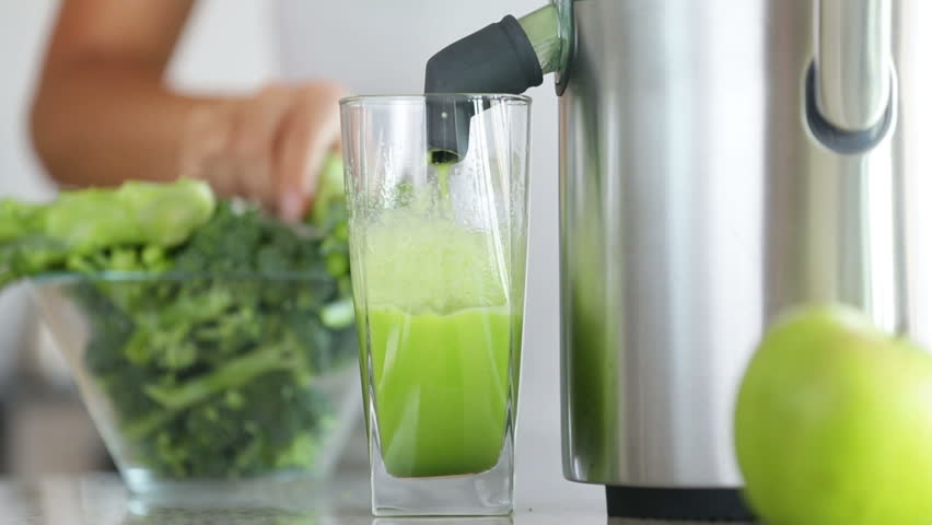 How to Choose the Best Juicer for Green Juices