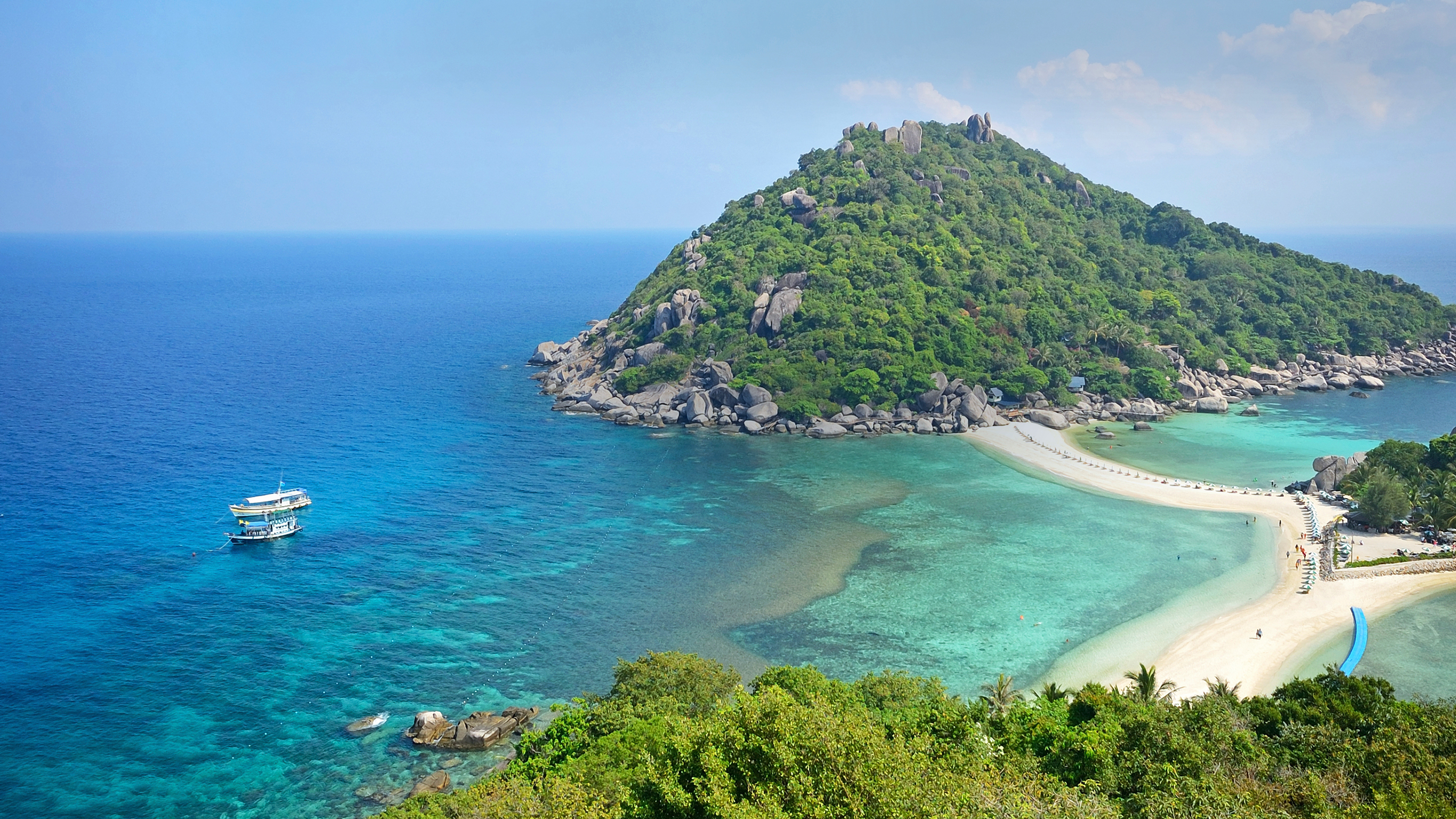8 Obvious Reasons To Visit The Land of Smiles – Thailand