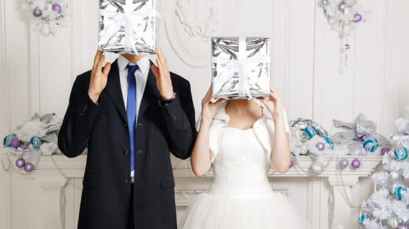 Seven Wedding Gifts Ideas for Couples Under Your Pocket