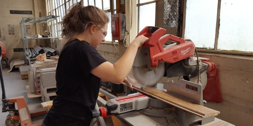 How Do You Unlock a Miter Saw?