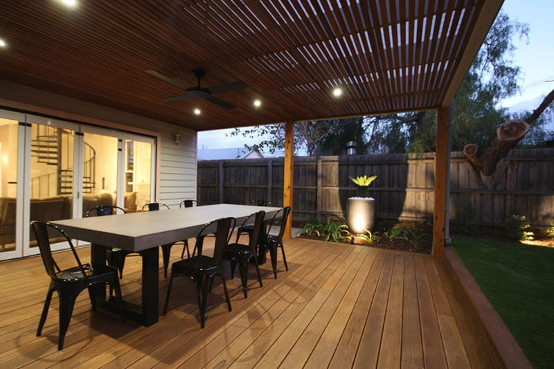 5 Important Factors to Consider While Choosing And Buying Dining Tables