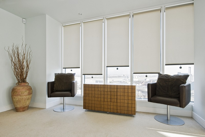 Know About the Benefits of Buying Roller Blinds Online!