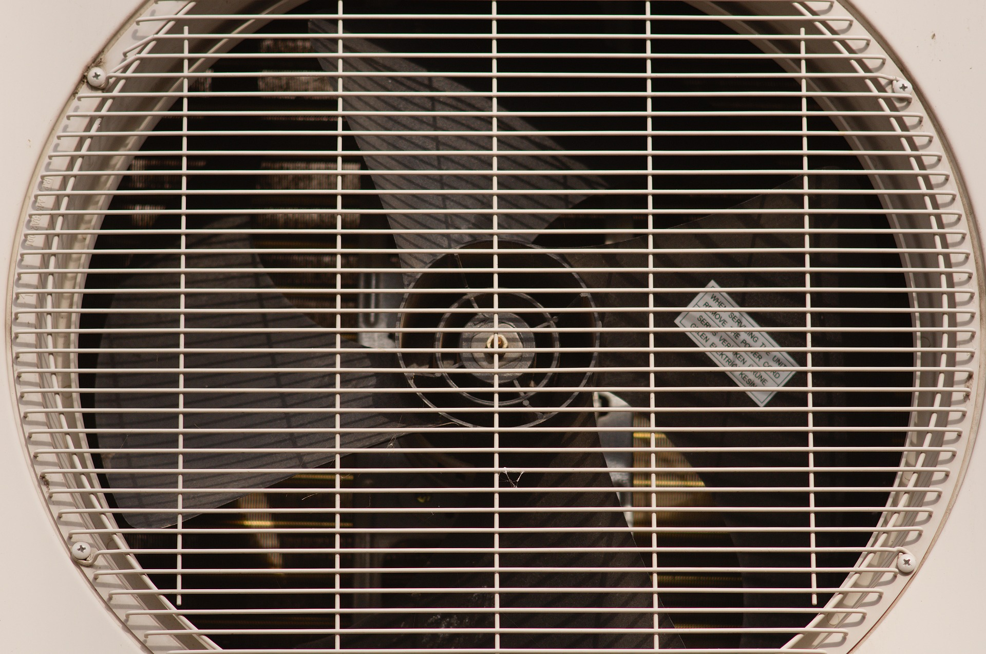 Early Signs Indicating Your Air Conditioner Needs Repair