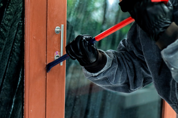 Emergency Steps To Take Immediately After A Home Burglary
