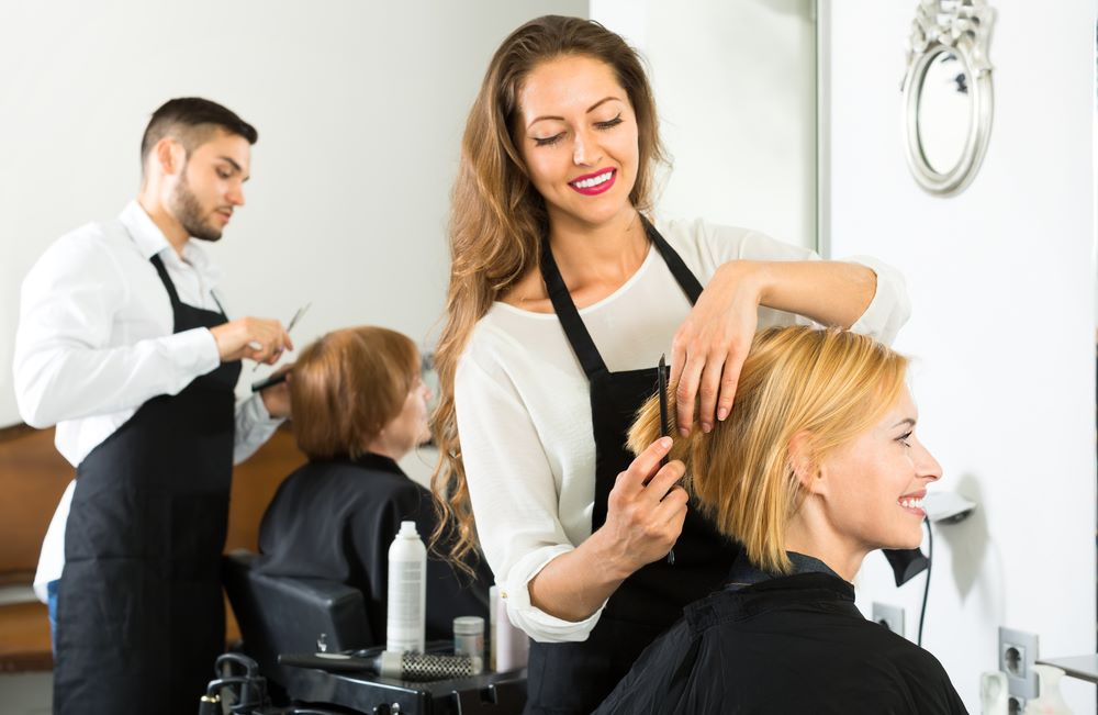 Be an Expert Hair Dressing Specialist and Earn Handsomely