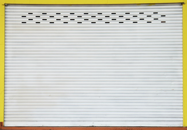 4 Simple Tips to Carry Out Roller Door Repairs
