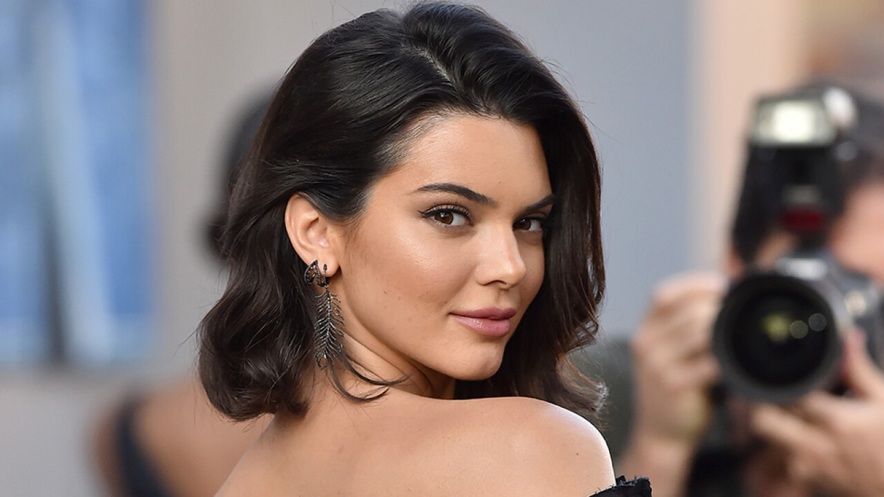 Are You Big Fan of Kendall jenner? Than you should know about some facts of her.