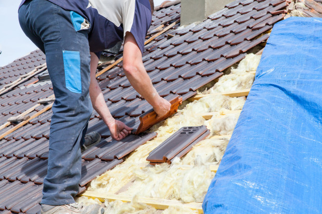 10 Must Know Tips while Roof Repairing
