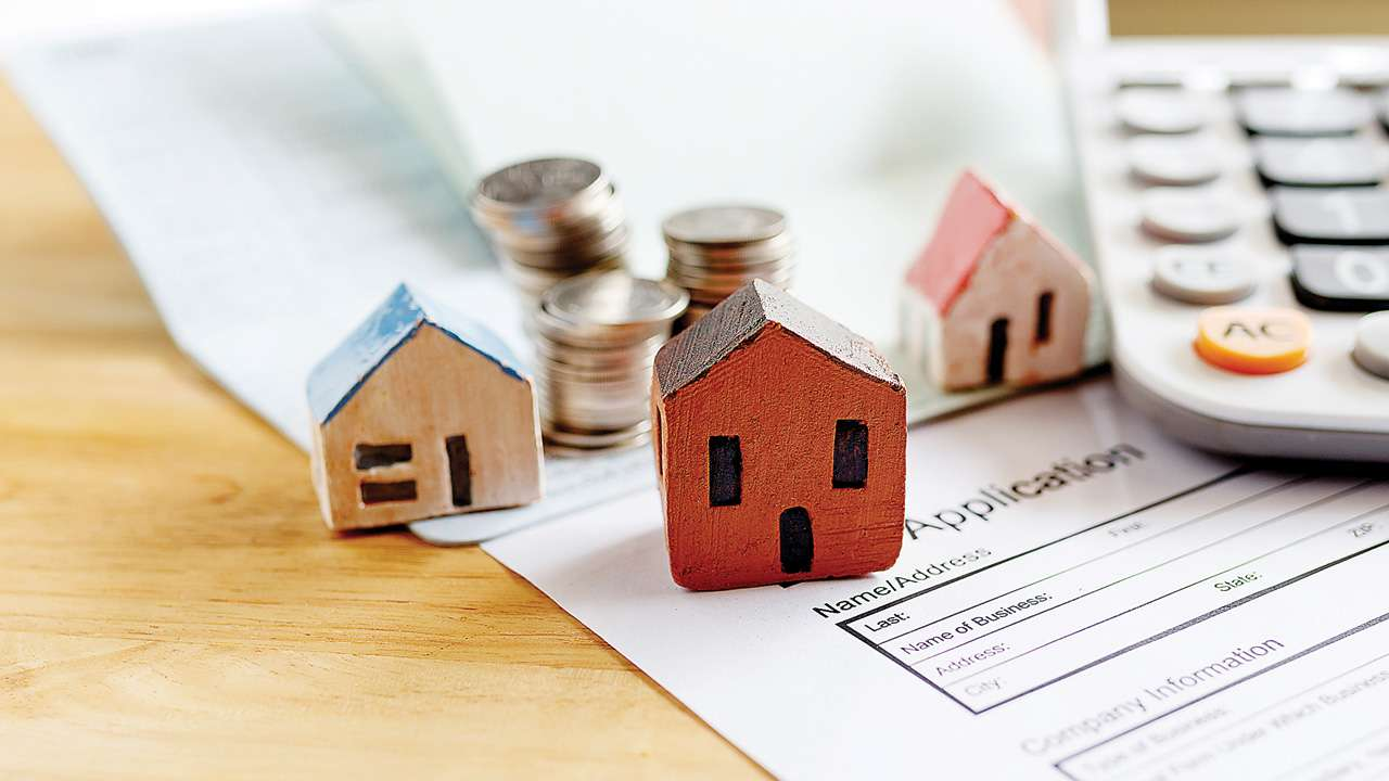 Should you invest your extra funds, or prepay your Home Loan?