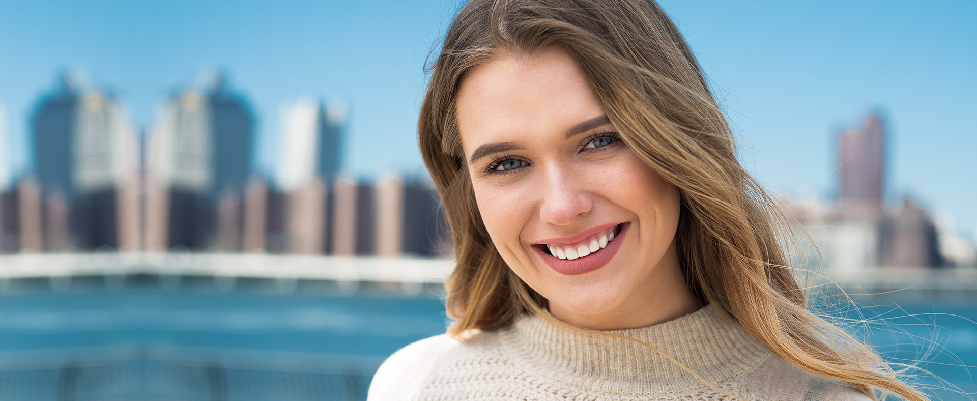Dentist Melbourne offers the best in class holistic dental treatment to patients