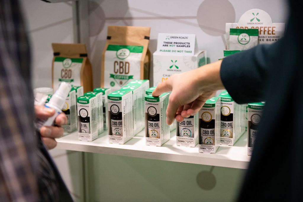 5 Things to Consider Before Buy the Safe and Effective CBD Products
