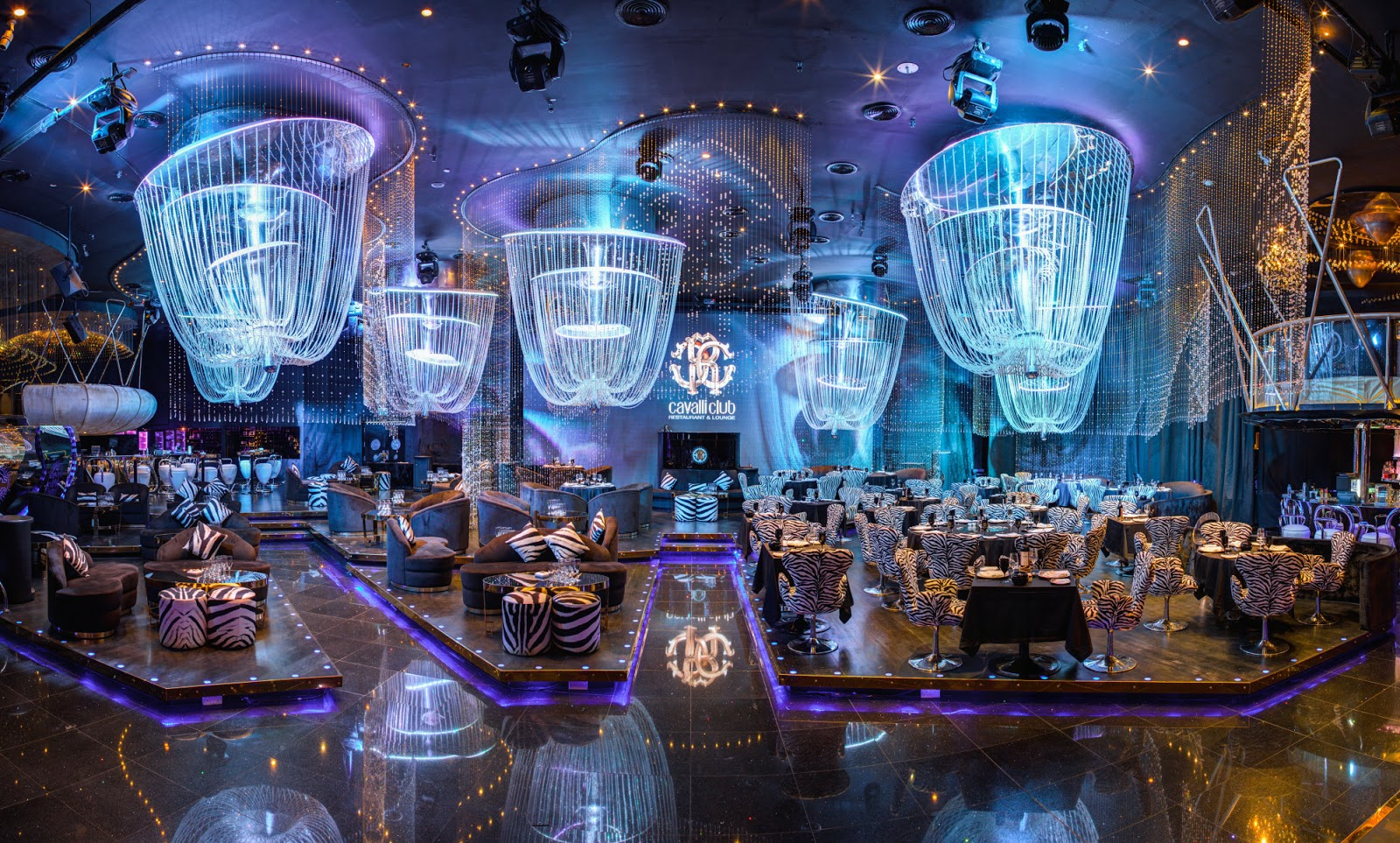 Top Rated Clubs In Dubai Where You Can Party The Night Away