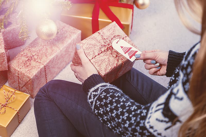 Tips on Choosing a Perfect Gift for Someone