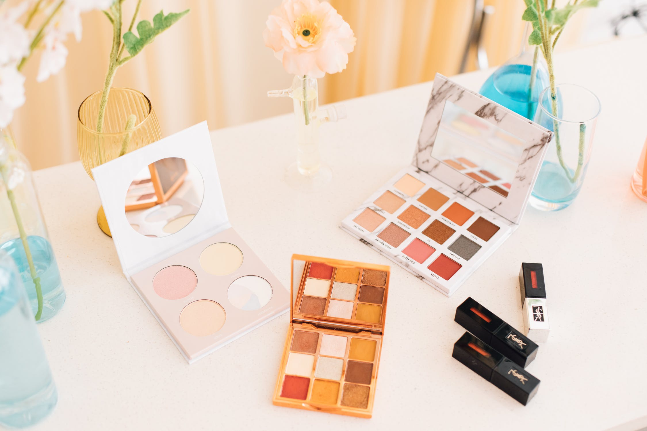 Use Your Own Custom Makeup Boxes To Spread Your Business