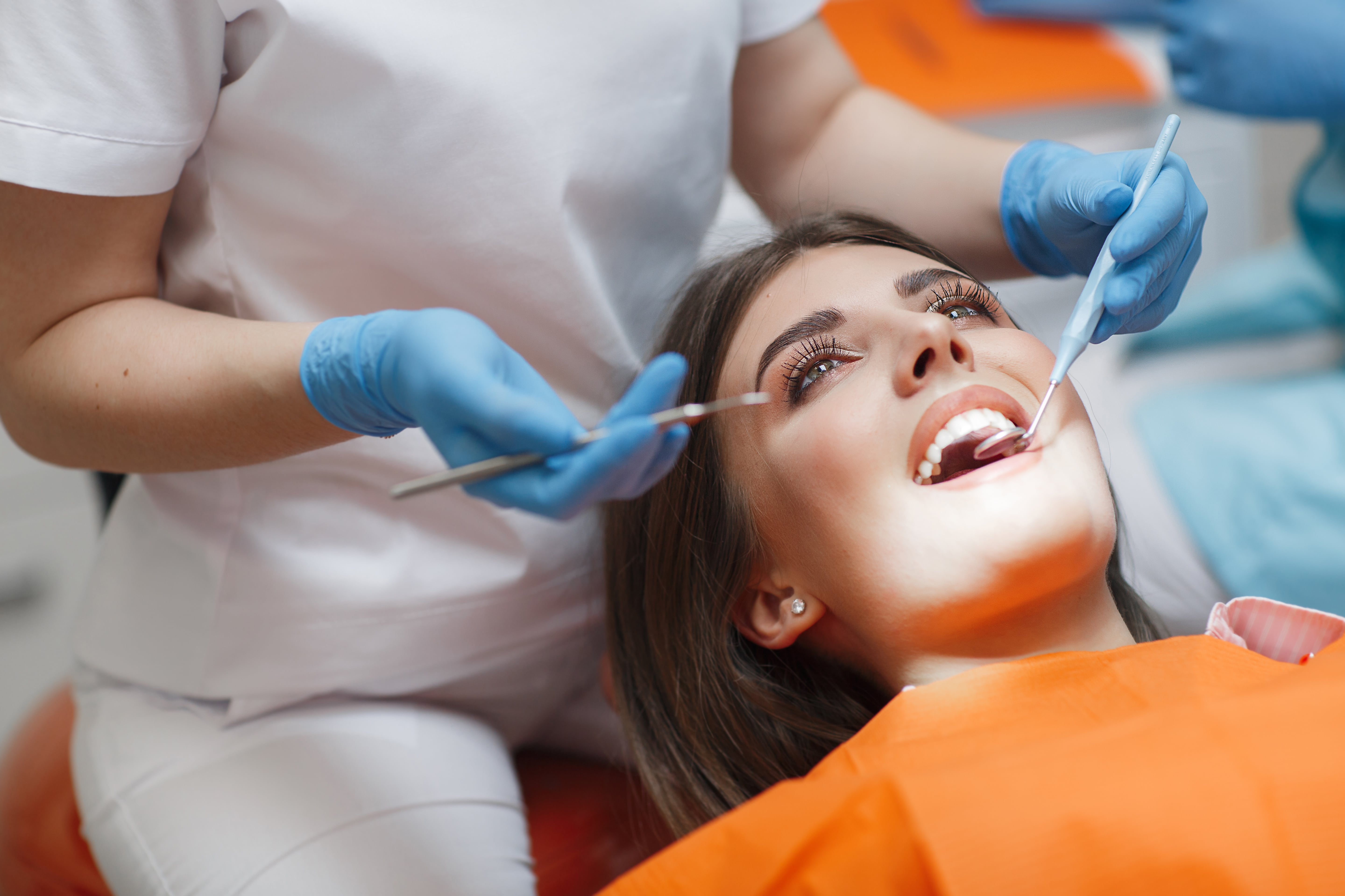 Cosmetic Dentistry Melbourne: What is the Reason To Go For Teeth Straightening Treatment?
