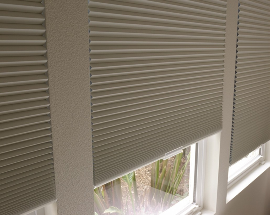 How To Find A Good Deal On  Honeycomb Blinds