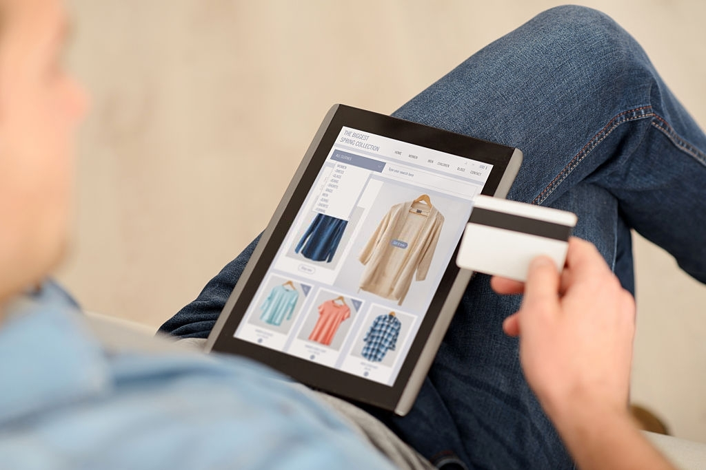 How to Do Safe Online Shopping With Online Coupons?
