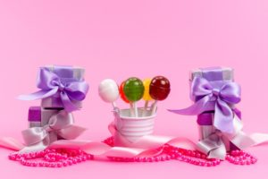 small gifts boxes with lolipop